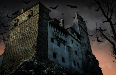 Halloween, Bran Castle (Writers' Expeditions - seven-day dinner party and photography adventure)