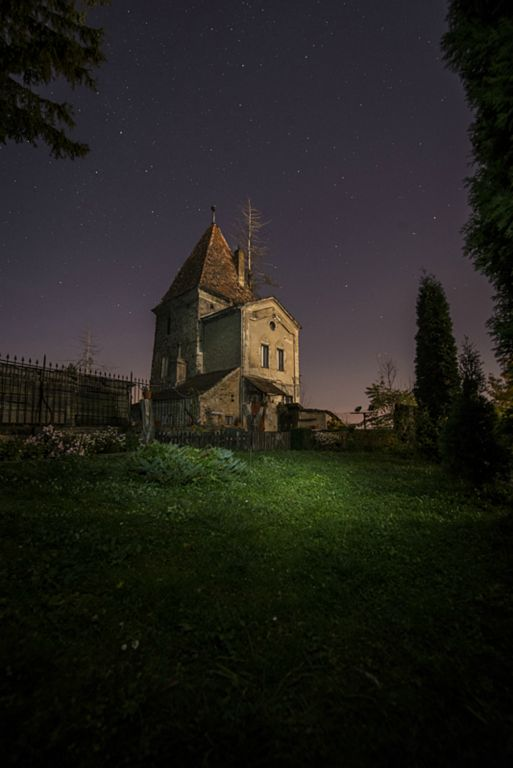 Night falls at the cemetery in Sighisoara, Romania (Photo by Christopher Campbell)