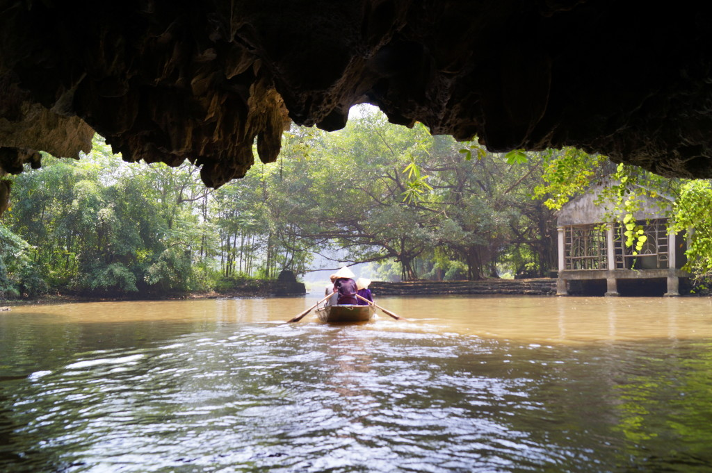 Tam Coc, Vietnam (photo by Kirsten Koza, Writers' Expeditions)