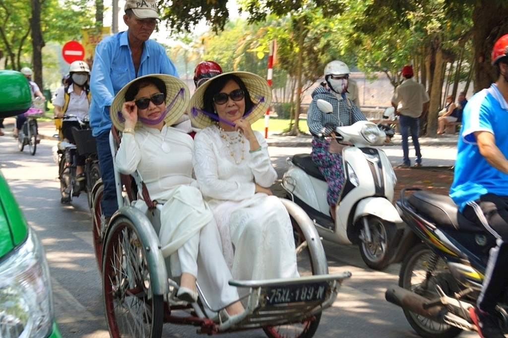 Vietnam, cyclo. (photo by Kirsten Koza, Writers' Expeditions)
