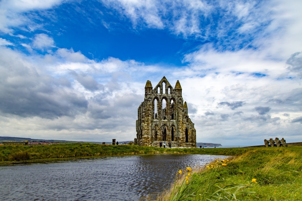 Whitby Abbey, Yorkshire. (photo by the fabulous George Hodan)