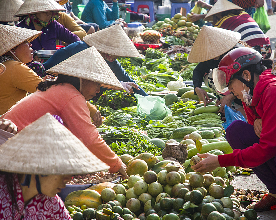 Riverside market, Mekong Delta, Vietnam. (Photo by Christopher Campbell, Writers' Expeditions)